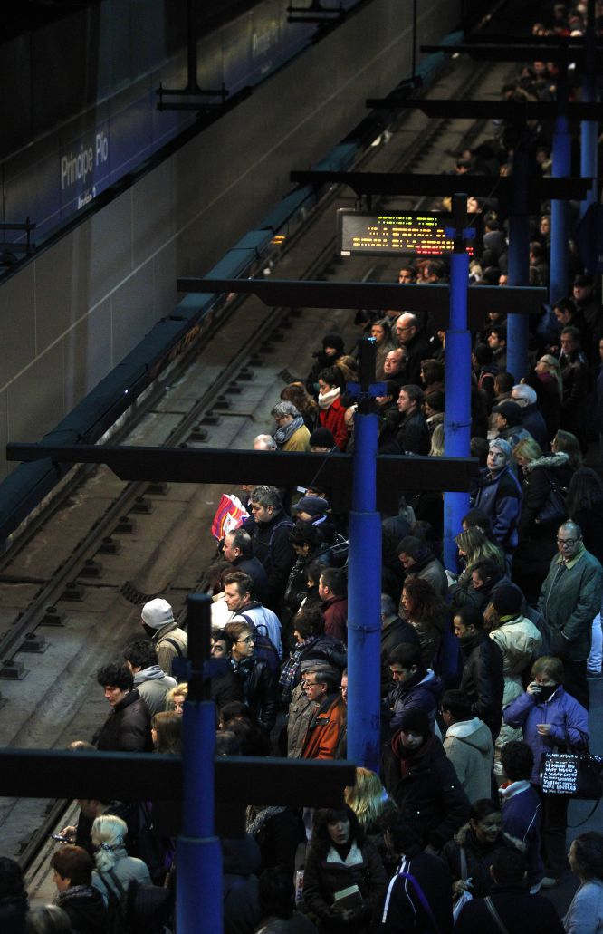 Metro strike in Madrid on January 4, 2013 (Príncipe Pío)