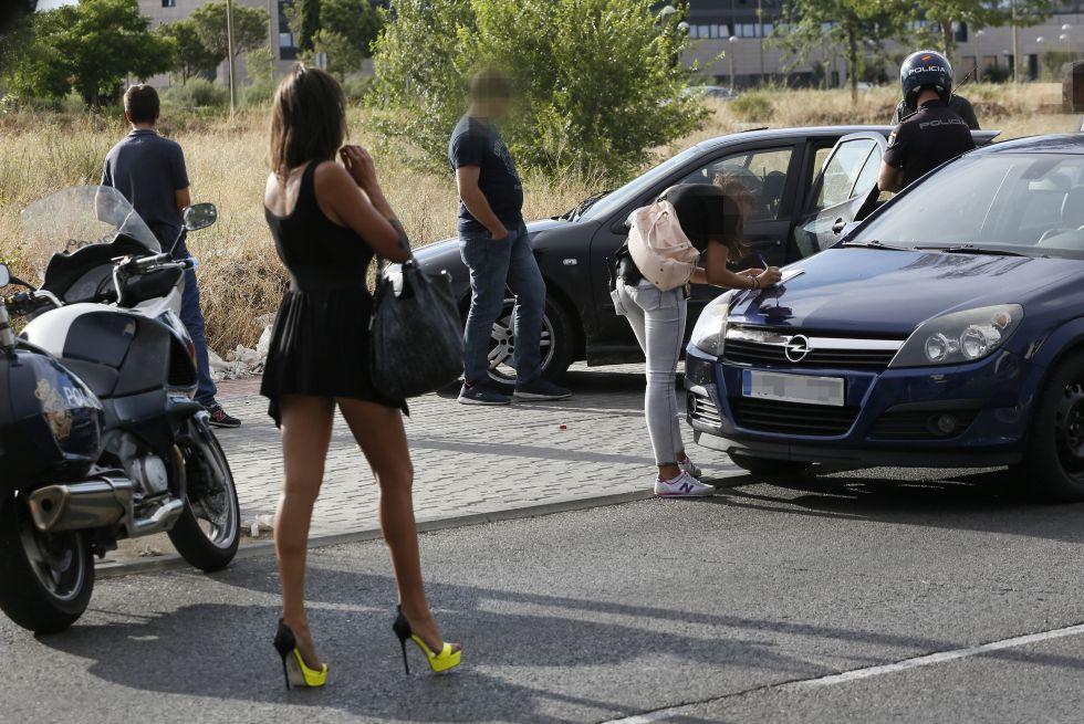 prostitutas en los angeles prostitutas poligono villaverde
